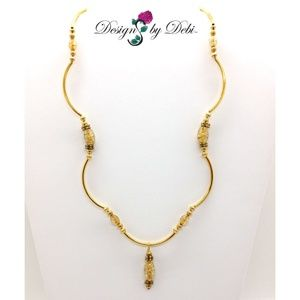 Gold Crackle Glass Scalloped Necklace